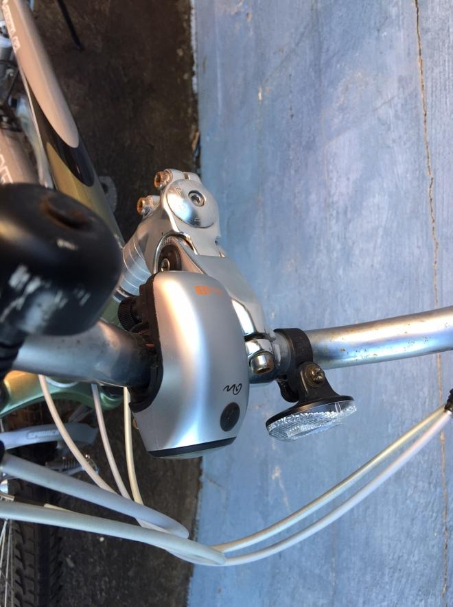 Adjustable angle stem.